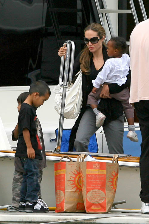 jolie-pitt-family-boating-17